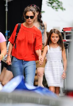 Katie Holmes brings her daughter Suri to the set of All We Had on August 24, 2015