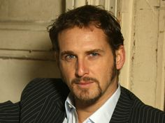 Actor Josh Lucas (Beautiful Mind) has signed a contract with NBC to star in the networks reboot of the John Grisham Book/Movie The Firm. Pretty People, Beautiful People, Josh Lucas, Actors Images, Rich People, Clint Eastwood, Pretty Eyes, Celebs, Celebrities