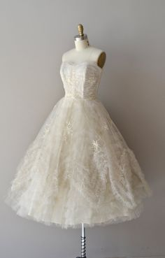 1950s wedding dress / vintage 50s dress / Snow by DearGolden, $525.00