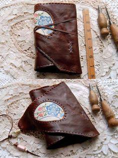 Querencia - Journal en cuir marron, lié aux main, thé teinté Pages, Vintage lin brodé, OOAK