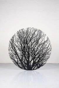 Ju est fou — Sculpture by Zadok Ben David. Land Art, Contemporary Sculpture, Contemporary Art, Wire Art, Oeuvre D'art, Installation Art, Metal Art, Sculpture Art, Art Photography