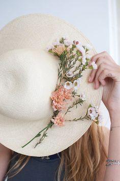 DIY FRESH FLOWER HAT