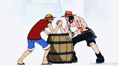 one piece alabasta arc - Google-søgning Seriously how is Ace's strength that could carry Dadan not beating Luffy's in arm wrestling how does being rubber help? lol #Anime One Piece Monkey D. Luffy Portgus D. Ace Arm Wrestling