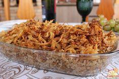 """Receita simplesmente deliciosa e fácil de fazer: """"Mijadra"""", o arroz com lentilha é um prato de origem persa, conhecido como prato dos pobres, popularizou-se no mundo árabe nos anos 40 e 50 por conta das sucessivas guerras e migrações."""