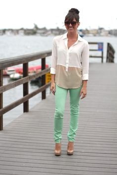 Mint green pants, shirt from Urban Outfitters and adorable pumps!