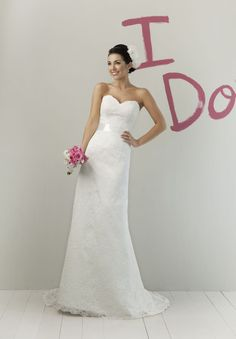 /1687-3025/lace-strapless-sweetheart-column-elegant-wedding-dress.jpg