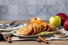 Δείτε τη συνταγή! Greek Pastries, Food Categories, Greek Recipes, Pancakes, Desserts, Tailgate Desserts, Deserts, Greek Food Recipes, Pancake