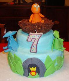 More Dinosaur Train cake ideas. 7th Birthday Cakes, 2nd Birthday, Dinosaur Train Cakes, Cake Images, Occasion Cakes, Edible Art, Savoury Cake, Mini Cakes, Cake Art
