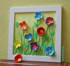 Wiosenne kwiaty z wytłaczanki do jaj w ramach zajęć plastycznych dla dzieci