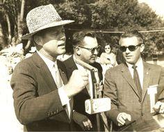 http://en.wikipedia.org/wiki/John_F._Kennedy    Jack in Hats. So Beauty ......❤