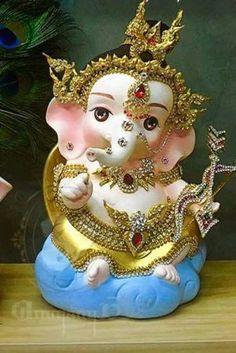 What do you think? Shri Ganesh Images, Ganesh Chaturthi Images, Ganesha Pictures, Happy Ganesh Chaturthi, Lord Krishna Images, Ganesh Idol, Ganesha Art, Photos Of Lord Shiva, Ganesh Rangoli