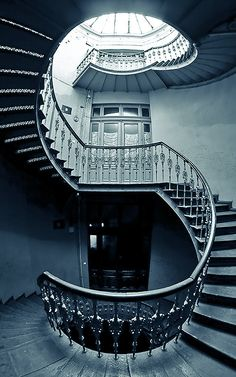 Awesome staircase in Wroclaw, Poland. by Marcin Jagiellicz