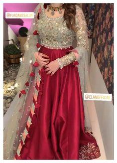 Pakistani Fancy Dresses, Asian Bridal Dresses, Beautiful Pakistani Dresses, Pakistani Fashion Party Wear, Pakistani Wedding Outfits, Indian Fashion Dresses, Pakistani Dress Design, Mehendi Outfits, Frock Fashion