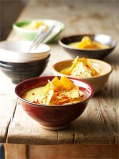 Nigella sweetcorn chowder with toasted tortilla's (or just tortilla chips) Nigella Lawson, Soup Recipes, Vegetarian Recipes, Snack Recipes, Cooking Recipes, Recipies, Chowder Soup, Tortilla Recipe, Ideas