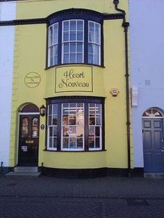 http://www.tripadvisor.co.uk/SavedPhotos-g7273665-i117286023-Weymouth_Dorset_England.html