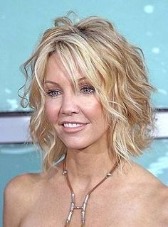 Ultimate Guide to Short Wavy Hairstyles . Pretty sure I'm going there. Short Wavy Hairstyle For Thin Hair. Pretty sure I'm going there. Short Wavy Hairstyle For Thin Hair Thin Curly Hair, Short Thin Hair, Curly Bob, Curly Short, Medium Curly, Short Cuts, Short Layers, Hair Medium, Frizzy Hair