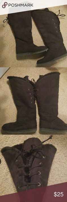 Knee high fur lined boots Super comfy delicious boots. Adjustable ties on the upper calf. Barely used. Very sexy and warm boots target Shoes