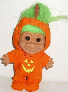 My Lucky Troll Halloween Jack O Lantern Pumpkin by Russ Berrie… Halloween Jack, Halloween Pumpkins, Happy Halloween, Halloween Ideas, 90s Childhood, Childhood Memories, Dodgers, Doll With Hair, Strong Willed Child