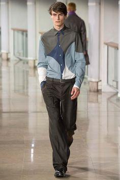 Bubble shape prints shirts? Hermès - Fall 2015 Menswear - Look 18 of 44
