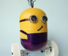 DIY Minion robot made with scrap and Arduino