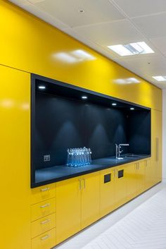 AECCafe.com - ArchShowcase - New Offices for Mako Group in London, England by EDGE. office kitchen
