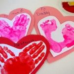 Break out the red and pink paper! It's time to show some love with these Valentine's Day crafts.