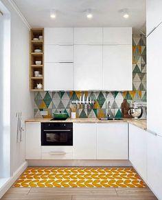 Os revestimentos para decorar a cozinha são cada vez mais importantes e difíceis de escolher, tanto devido à diversidade de materiais quanto em relação à necessidade de harmonizá-los com a sala, já que estes ambientes estão cada vez mais integrados. Então, selecionei algumas fotos para inspirar a decoração da sua cozinha. Repare na beleza dos revestimentos, nos seus estilos e nas sua cores...