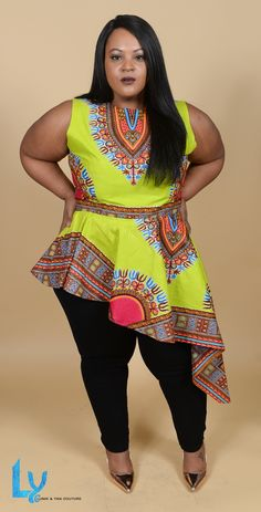 Light and easy to wear, the dashiki asymetrical top is a great addition to your closet. It can be worn to work, parties, or going out to dinner. You decide! Its stunning multicolor African print is perfect for the warmer months ahead, together with a pa African American Fashion, African Fashion Ankara, African Fashion Designers, African Print Dresses, African Print Fashion, Africa Fashion, African Dress, African Prints, Ghana Fashion