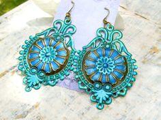 Hoi! Ik heb een geweldige listing gevonden op Etsy https://www.etsy.com/nl/listing/152573533/sale-big-earrings-blue-green-bohemian