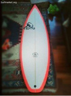 Vendo tabla de surf katú(soul) esta nueva Medida: 5'0 25 1/2 Grip quillas y invento incluido Precio negociable Perfecta para un niño