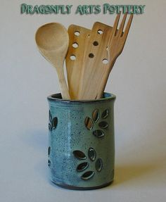 Pottery Utensil Pot - Spoon Pot - Candle Holder - Toothbrush holder on Etsy… Hand Built Pottery, Thrown Pottery, Slab Pottery, Pottery Vase, Ceramic Pottery, Ceramic Utensil Holder, Ceramic Candle Holders, Pottery Toothbrush Holder, Utensil Caddy