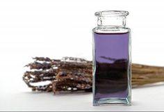 En esta publicación te damos la receta para hacer un aceite de lavanda casero. Que lo disfrutes!