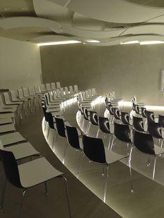 MEGASTORE GRANITI FIANDRE, PROGETTO: Studio Bertone Design – Arch. Aldo Cingolani, FORNITURA: Intertecnica Arredamenti Srl
