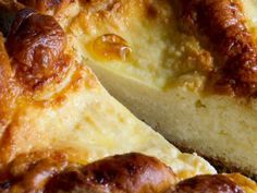 Cozonac (pasca) cu branza de vaci a fost adaugata pe Bucatarie Traditionala Retete Culinare. Click pe poza pentru a vedea reteta.