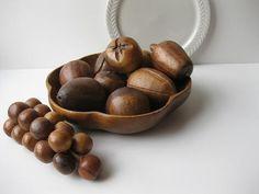 wooden bowl, wooden fruit