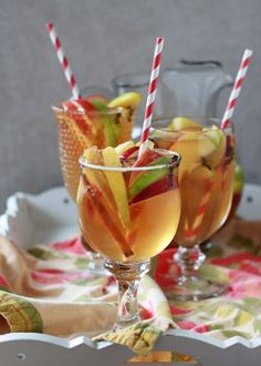 Spiced Apple Cider Sangria |  Kitchen Treaty