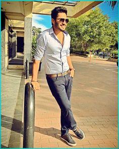 Jassi Gill @OfficialJassi Punjabi Men, Punjabi Fashion, Handsome Indian Men, Jassi Gill, Swag Boys, Stylish Dpz, Indian Man, Famous Singers, Bollywood Actors