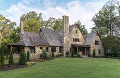 Stone Exterior Houses, Italian Home Decor, English Manor, Mountain Homes, Beautiful Dream, Design Firms, Cottage Style, My House, Architecture Design