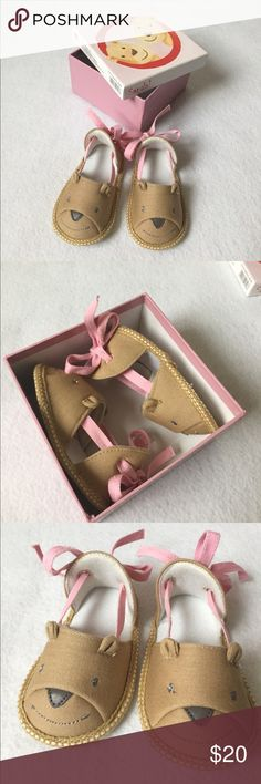 "Baby 🐻 Bear Sandals Shoe Brand New with Box Cute bear sandals for a baby from Egmont Toys (Belgian designer and manufacturer), measure about 4 3/4"", estimate between 0-6M. Brand new with box. Edmont Toys Shoes Baby & Walker"