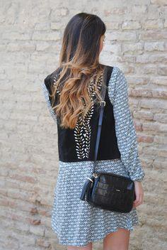 Vestido con lazada. http://www.fashion-south.com/2016/03/vestido-con-lazada.html