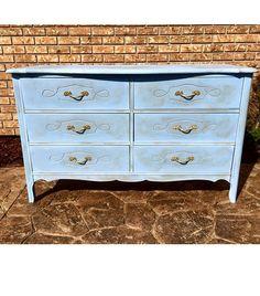 Vintage dresser redo periwinkle chalk paint