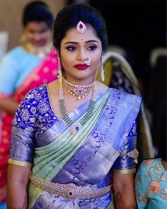 All brides dream about having the most appropriate wedding, but for this they require the best bridal wear, with the bridesmaid's dresses actually complimenting the wedding brides dress. Here are a variety of tips on wedding dresses. Wedding Saree Blouse Designs, Pattu Saree Blouse Designs, Half Saree Designs, Fancy Blouse Designs, Wedding Silk Saree, Indian Bridal Sarees, Indian Bridal Outfits, Indian Beauty Saree, Indian Bridal Fashion