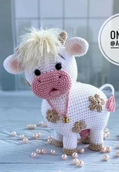 Crochet Teddy Bear Pattern, Crochet Cow, Crochet Animal Amigurumi, Kawaii Crochet, Crochet Doll Pattern, Cute Crochet, Crochet Crafts, Crochet Dolls, Crochet Projects