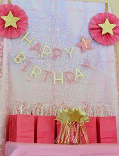 Pink twinkle twinkle little star bday