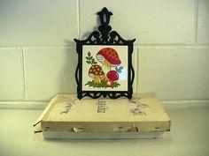 Vintage Cast Iron Trivet Ceramic Mushroom Tile Retro – EclectiquesBoutique.com