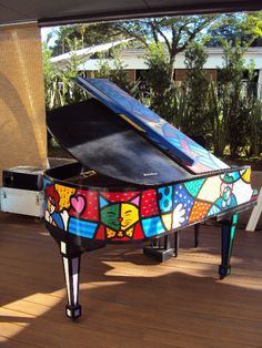 Gorgeous Art Case Grand Piano http://pinterest.com/cameronpiano
