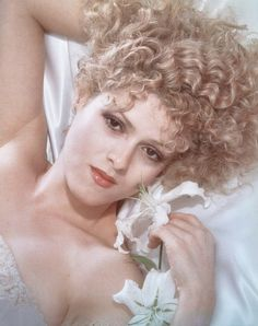 Bernadette Peters |