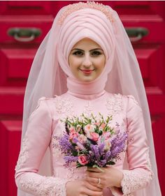 Likes, 10 Comments - Beauty And Fashion House (. Bridal Hijab, Hijab Bride, Wedding Hijab, Wedding Hats, Wedding Gowns, Indian Muslim Bride, Muslim Brides, Muslim Fashion, Modest Fashion