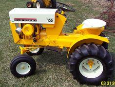 Gravely Mowers 782359766506441022 - Image Source by duverneuilraymo Used Garden Tractors, John Deere Garden Tractors, Garden Tractor Pulling, Lawn Mower Tractor, Small Tractors, Tractors For Sale, Old Tractors, Lawn Tractors, Antique Tractors