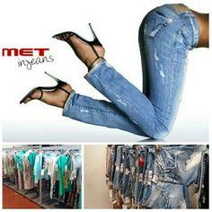 Stock jeans firmati met